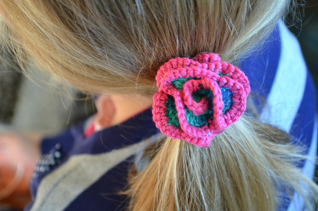Crochet rose hair ties free pattern