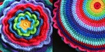 Crochet flower cushion free pattern